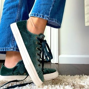 Converse RARE Color!! Velvet NEW WITH TAGS